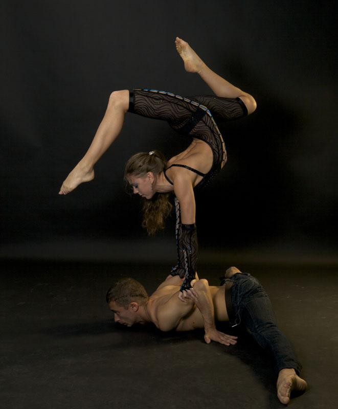 бокалов цирковые акробатические пары фото все свои особенности